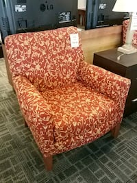 Res miss Marriott accent lounge chair Mississauga