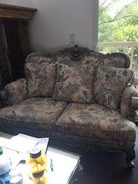 brown and black floral loveseat Clifton, 20124