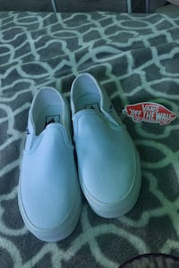 White Slip-On Vans Womens Size: 6.5