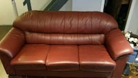Red leather couch Oshawa, L1H 8A5