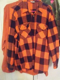 2 heavy duty work/hunting shirts. Chattanooga, 37416