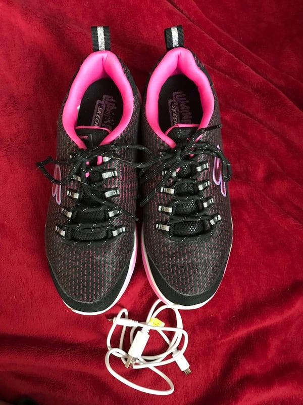 Skechers Luminators size 5 0