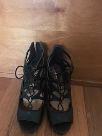 Mia size 6.5 black wedge sandals Early, 76802