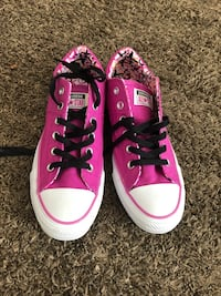 pair of pink Converse All Star low-top sneakers Yucca Valley, 92284
