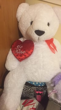 white and red bear plush toy Toccoa, 30577