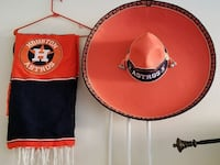 red and black Housten Astros scarf and hat