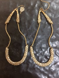 AB gold earrings. Never wore them  La Place, 70068