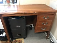 Beautiful antique desk Washington