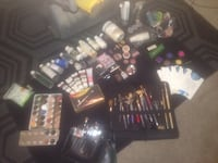 Fx makeup/airbrush/rolling triple decker steal case CASH ONLY
