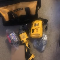 Dewalt cordless hand drill with battery charger Silver Spring, 20902