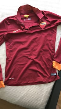 red Nike Roma heley long-sleeve shirt dri-Fit Montréal, H1S 1N8