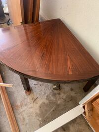 Wood corner coffee table! Oklahoma City, 73132
