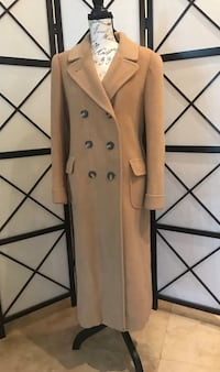 Vintage 1950's high end 100% Camel hair coat in excellent condition size large fits like a med/large Fair Oaks, 95628