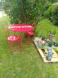 Red ice cream parlor heart chairs & table