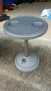 Poolside table water weighted Cape Coral, 33993