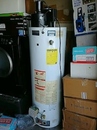 Electric gas water heater not tested selling as is Terrytown, 70056