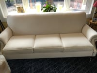 Couch Somerville, 02143
