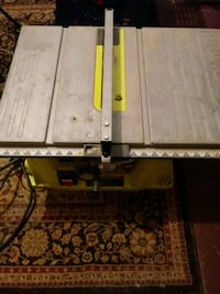Lime green and silver table saw Indianapolis, 46226