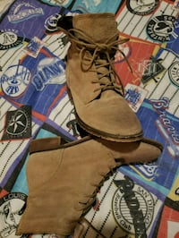 brown leather fringe boots with box Sacramento, 95821
