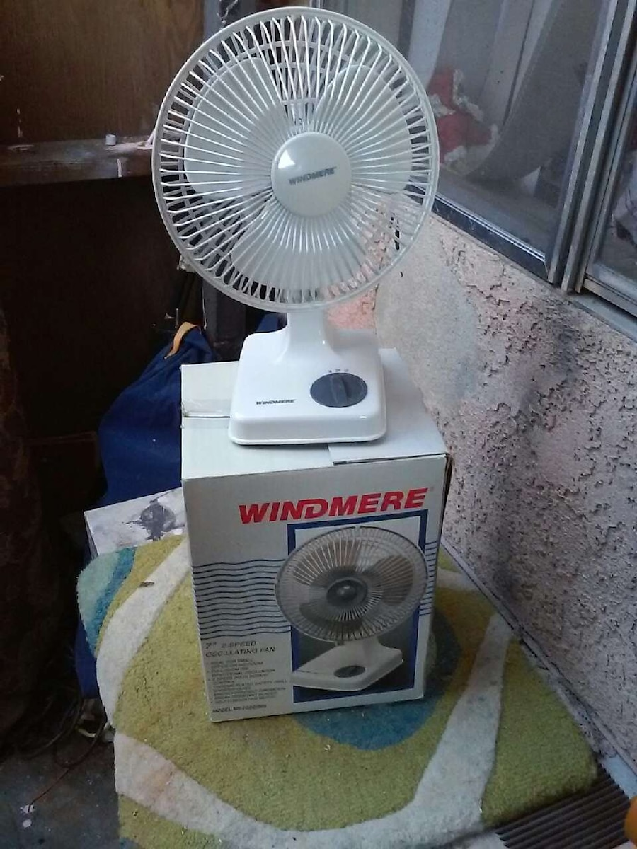Windmere Table Fan : Used windmere white table fan in california