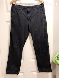 "Almost new uniqlo Black men's pant size L waist 34"" Milpitas"
