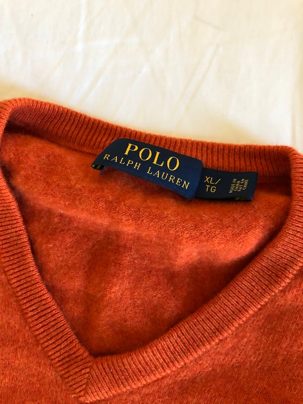 Polo by Ralph Lauren wool v-neck sweater 27ab9f84-e049-44fb-9bf1-cd8c202c5ee8