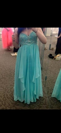 Prom Dress Cambridge, N3H 3L1