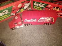 1999 red Coca-Cola Holiday classic carrier toy