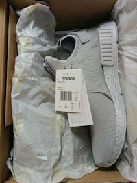 pair of white Adidas low top sneakers in box Vancouver, V5P 3N3