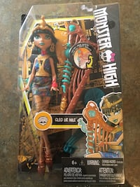 Monster high electrified bar by dolls brand new in pack $12,- each or all 4 for $40,- Gatineau, J8T 2S7
