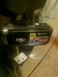 SONY HANDYCAM HDR-CX160.... price listed OBO Annandale