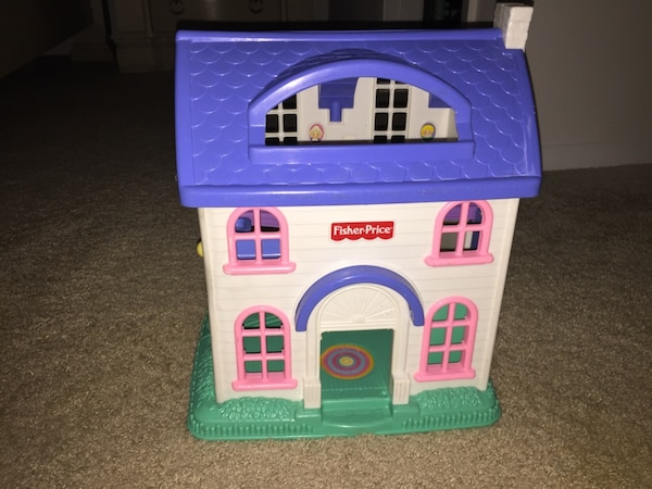 2001 Fisher Price Little People House