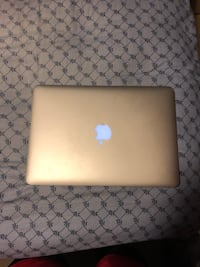 MacBook Air Baltimore, 21206