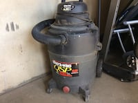 gray and black Shop Vac wet and dry vacuum cleaner