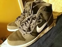 pair of brown Nike high-top sneakers Richmond, V6X 3P8
