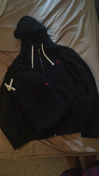 Large Polo tracksuit men Edmonton, T6H 5W6