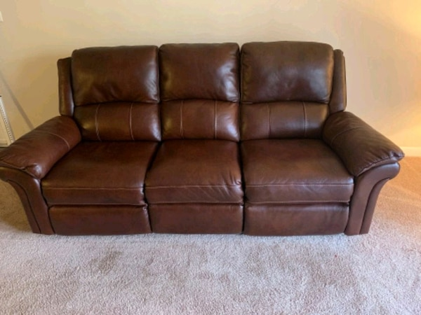 Havertys Luxury Brown Leather Reclining Sofa