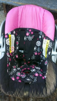 black and pink floral car seat carrier Jacksonville, 32210