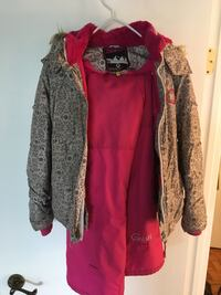 5 pieces for 25$ girl 10years old winter fall spring jackets including a snow pants Montréal, H1R 3W2