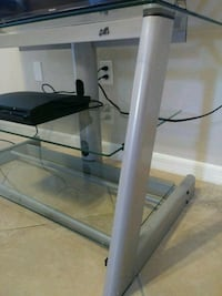 TV STAND ( TABLE ) Apopka, 32712