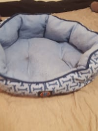 Cat/dog bed