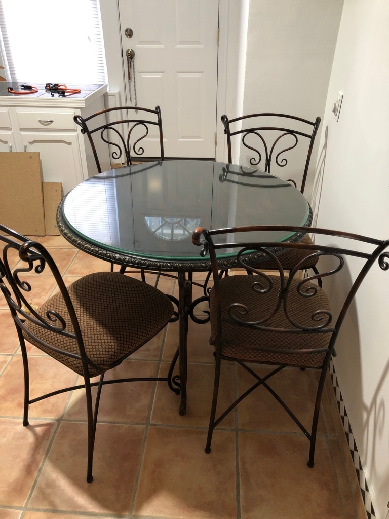 Round Black Metal Table With Four Chairs Dining Set