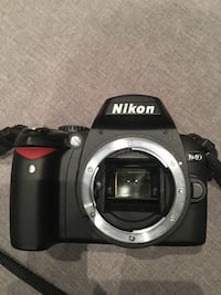 Nikon D40 (body only) Centre Wellington, N1M 3T5