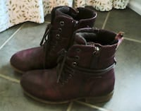 pair of brown leather boots MARKHAM