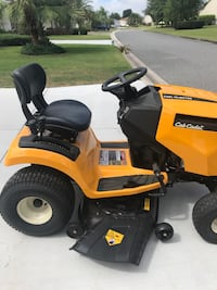2019 Cub cadet Lt 42 ! Selling due to illness. Only used a few times