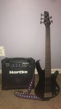 Ibanez 5 bass string with Hartke amp Sterling, 20164