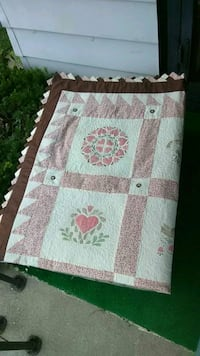 white and brown floral area rug Middletown, 45044