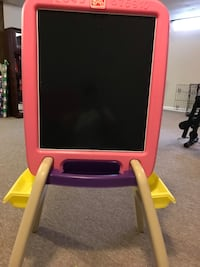 pink and black easel board 383 mi