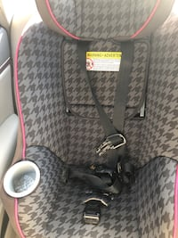 Car seat for toddlers Alexandria, 22304