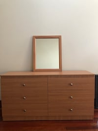 6 drawer Oak 5ft with matching mirror Mount Royal, 08061